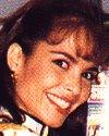Alejandra becerril actriz de fotonovelas mejor conocida como alexis es atacada en su casa en esta escena de la peliacutecula quotla banda de los panchitosquot - 1 7